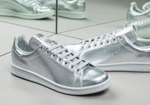 adidas-stan-smith-raf-simons-metallic-silver-02